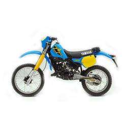 200 IT (1986-1990)